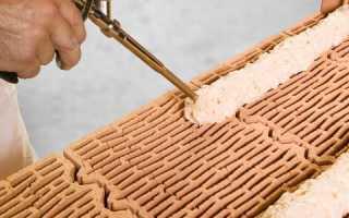 Можно ли класть кирпич на плиточный клей