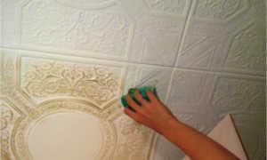 Как почистить потолочную плитку из пенопласта